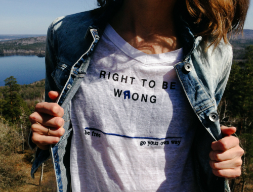 t-shirt right to be wrong