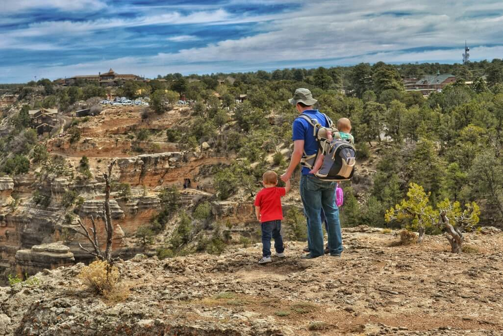 There are certain places you should take your kids before they grow up, and visiting the Grand Canyon with kids definitely belongs on that list.