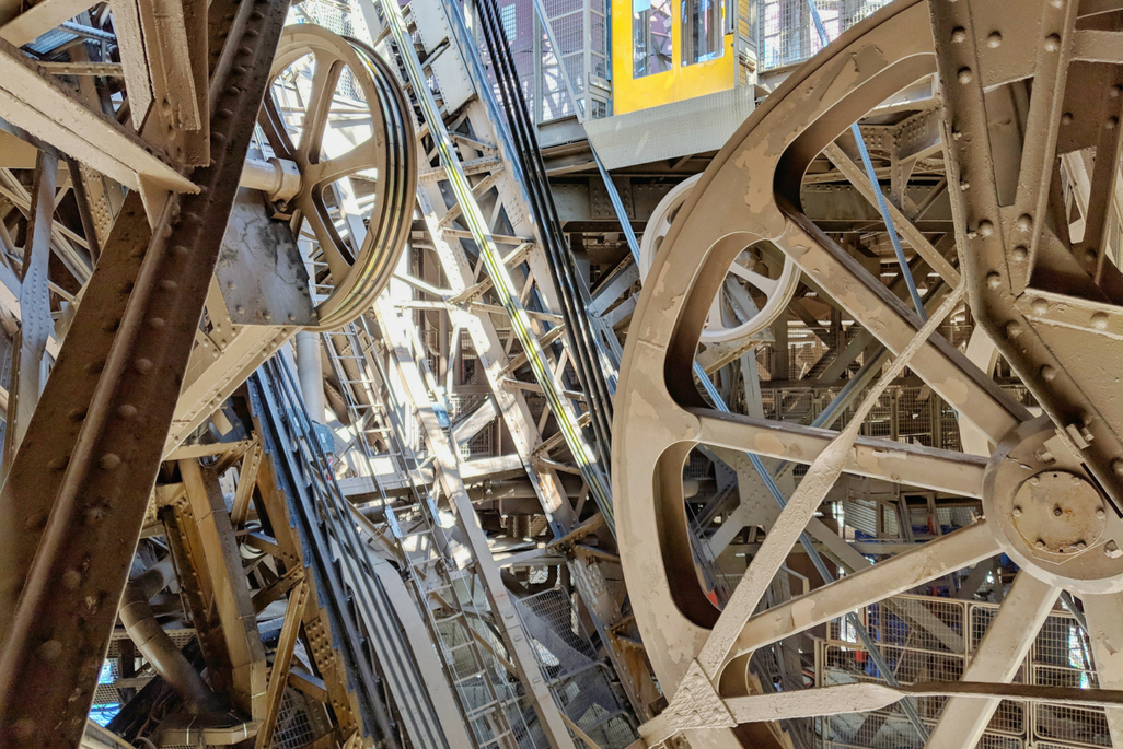 A Weekend in Paris: Wheels inside EIffel Tower