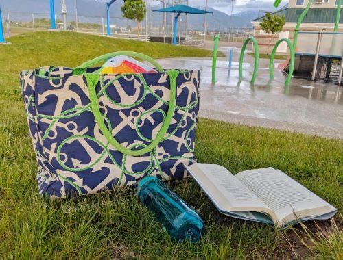 beach bag, summer books, splashpad